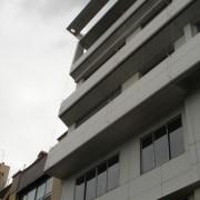 Bardage aluminium d'un immeuble de logements à Paris (75) photo: Karine Terral.