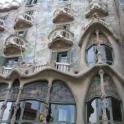 Art Nouveau de la casa Batllo (Barcelone - Esp.) (Antoni Gaudi - 1904-1906) photo: Odile Besème.