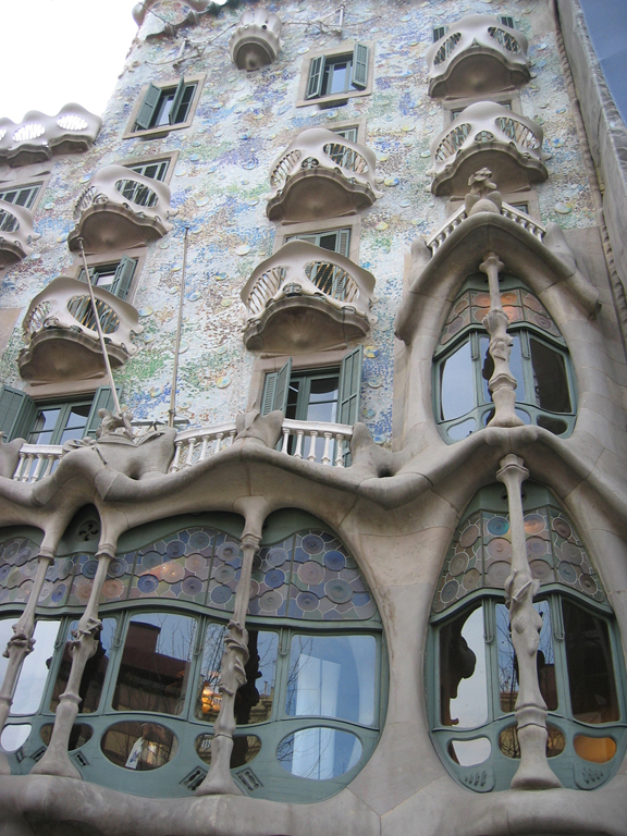 Art nouveau caue for Art et architecture