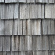Bardeaux de façade en bois (Jura) (39) photo: Odile Besème.