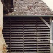 Claustra en bois d'une ancienne tuilerie (25) photo: Karine Terral.
