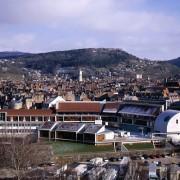 Vue de l'ensemble des bâtiments constituant l'édifice du lycée Condé - Besançon (25) (Quirot-Vichard - architectes - 1999) photographe: Nicolas Waltefaugle.