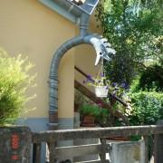 Gargouille d'une maison de cité-jardin à Belfort (90) photo: Karine Terral.