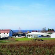 Intégration paysagère de la nouvelle école de Cussey-sur-l'Ognon (70) (Adelfo Scaranello) photographe: Nicolas Waltefaugle.