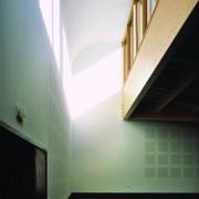 Isolation acoustique de la salle polyvalente de Beure (25) (Quirot et Vichard - architectes - 2005) photographe: Nicolas Waltefaugle.