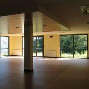 Faux plafond de la salle de restauration du collège de Valentigney (25).