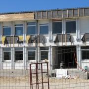 Isolation extérieure rajoutée lors de la restructuration du collège de Maîche (25) 2006 - photo: Karine Terral.
