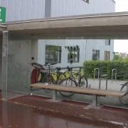 Mobilier urbain - abri bus et abri vélos - Vorarlberg (Autriche) photo: Karine Terral - 2006.