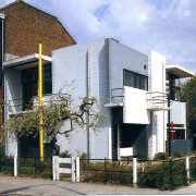 La maison Schröder - manifeste du groupe De Stijl - Utrecht (Pays-Bas) (Rietveld - 1924) extrait de Plans - Sections and Elevations - bâtiments majeurs du XXe - Richard Weston pour Le Moniteur.
