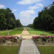Perspective centrale du Parc du Château de Beaumesnil (27). Source