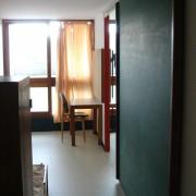 Vue intérieure des chambres d'enfants d'un appartement duplex de l'Unité d'habitation de Le Corbusier à Firminy (1962-65) photo: Karine Terral.