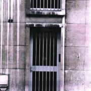 Porte d'un immeuble de bureaux - Lille (59) photo: CAUE du Nord.