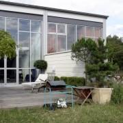 Réhabilitation d'un ancien entrepôt en lofts - Chateaufarine (25) (Richard Garcia - 2005) photographe: Nicolas Waltefaugle.