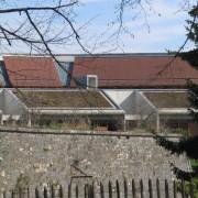 Toitures végétales du lycée Condé de Besançon (25) (Quirot-Vichard - architectes - 2000).