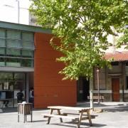 Rénovation du Lycée Daudet à Nîmes (30) comprenant une partie réhabilitée et une partie en extension neuve.
