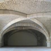 L'empilement - mode constructif de la pierre - ancien arsenal de Besançon réhabilitée en palais de justice par l'agence Gaudin - 1994-2003 - photo: Karine Terral - 2006.