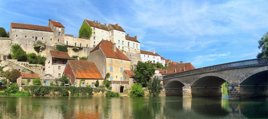 Pesmes, Hautes-Saône (image JGS25)